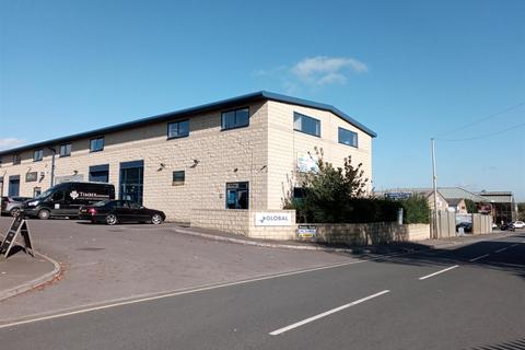 Property to rent - Ground Floor Light Industrial Unit, Global Business Park, Cirencester