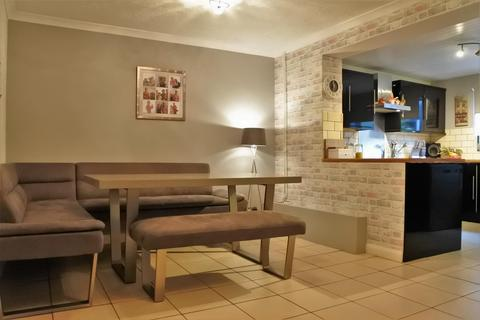 3 bedroom semi-detached house for sale - Vernon Avenue, Gonerby Hill Foot, Grantham