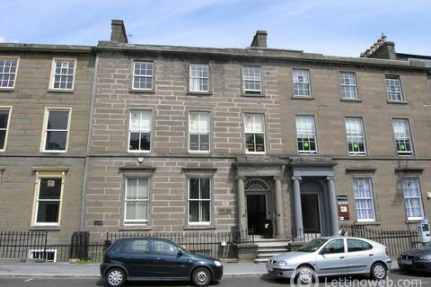 2 bedroom flat to rent - (Attic) 17 South Tay Street, ,