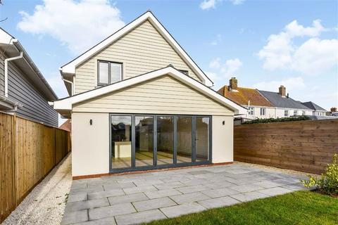 4 bedroom detached house for sale - Howard Avenue, West Wittering, West Sussex