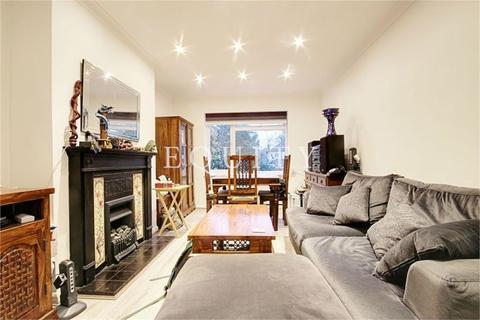 2 bedroom maisonette to rent - Lyndhurst Gardens, Enfield, EN1
