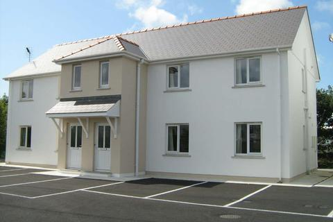 2 bedroom flat to rent - Flat 8 Hall Park Close Prendergast Haverfordwest Pembrokeshire
