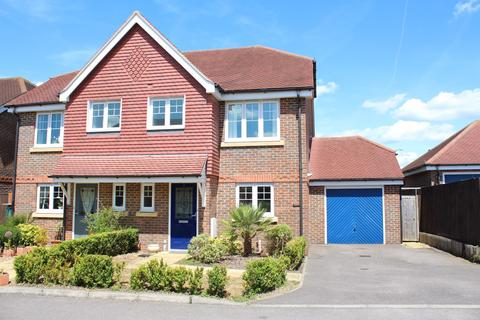 3 bedroom semi-detached house to rent - Willow Close Maidenhead Berkshire