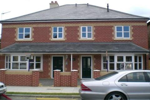 1 bedroom flat to rent - Masons Court, Knox Road, Clacton-on-Sea, Essex, CO15 3SE