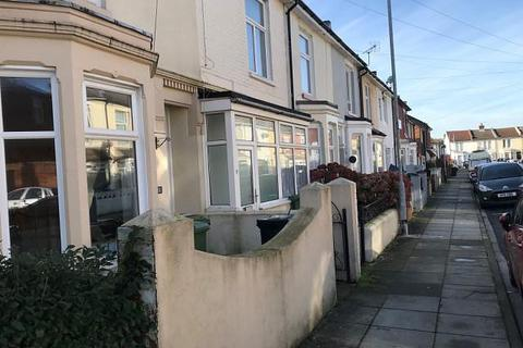4 bedroom house to rent - Wyndcliffe, Southsea, PO4