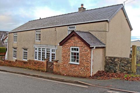 4 bedroom detached house for sale - Boston Villa, Llanddaniel, Llanddaniel