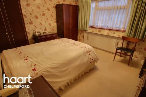 2 bedroom semi-detached house for sale - Aubrey Close, Chelmsford