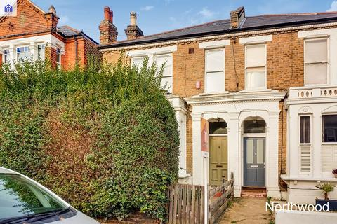 1 bedroom flat for sale - 70 Wolfington Road. West Norwood, London, SE27 0RQ