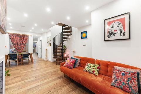 2 bedroom terraced house for sale - Barfett Street, W10