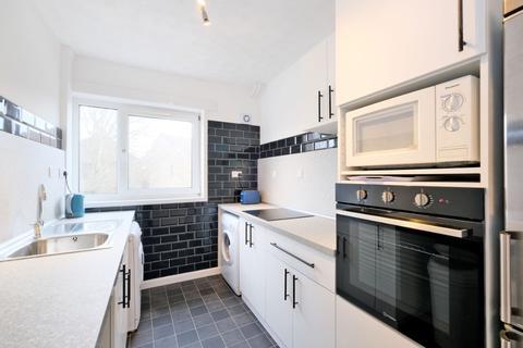 3 bedroom flat to rent - Craigievar Crescent, Garthdee, Aberdeen, AB10