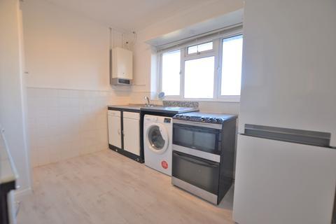 2 bedroom maisonette to rent - Ray Park Road, Maidenhead