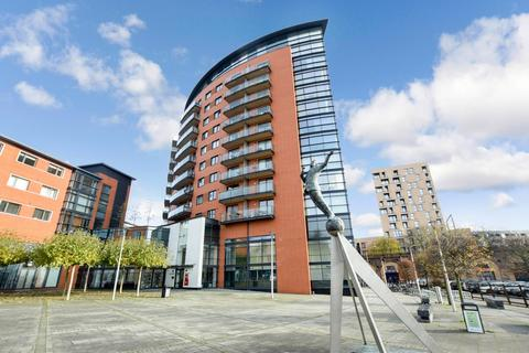 2 bedroom apartment for sale - Kings Tower, Marconi Plaza