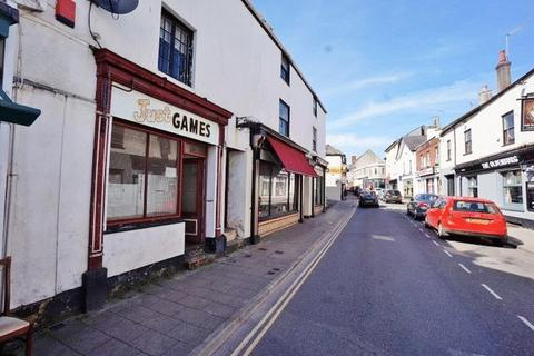 Property to rent - Winner Street, Paignton - COMAE33