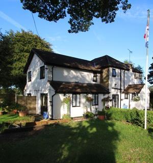 3 bedroom property with land for sale - Main Road, Knockholt, Sevenoaks, TN14 7NT