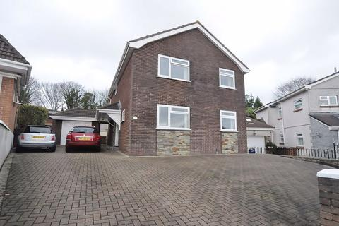 5 bedroom detached house for sale - Combley Drive, Plymouth. Individual detached family home.