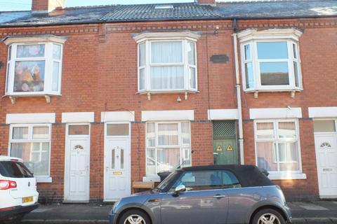 3 bedroom terraced house to rent - Houghton Street, Leicester