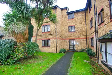 1 bedroom flat for sale - Wyvern House, Bridge Road, Grays