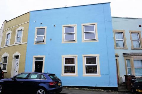 2 bedroom terraced house to rent - Stevens Crescent, Bristol