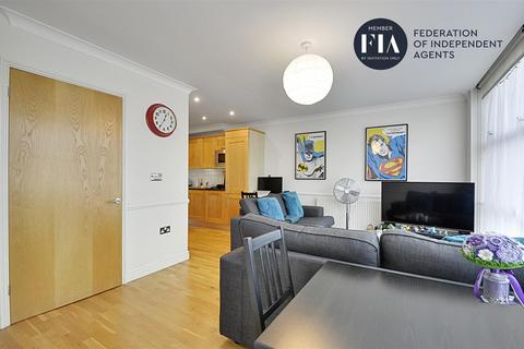 1 bedroom apartment for sale - Ferry Lane, Ferry Quays, Brentford