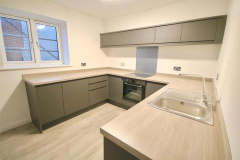 2 bedroom flat to rent - Milton Road, Southsea