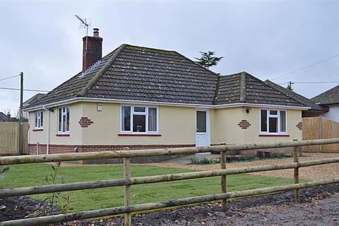 3 bedroom detached bungalow for sale - Broomhill, Wimborne, Dorset