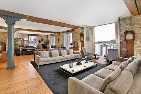 2 bedroom apartment for sale - Brewhouse, Royal William Yard, Plymouth