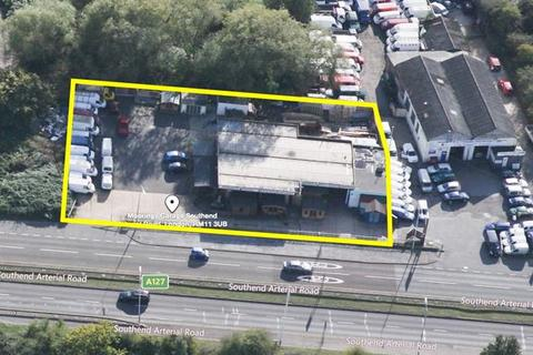 Land to rent - The Moorings, Southend Arterial Road, Hornchurch, Essex
