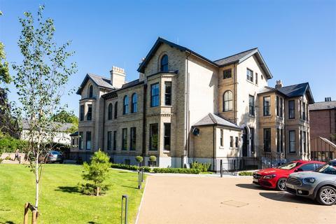 3 bedroom penthouse for sale - Highbank, Green Walk, Bowdon