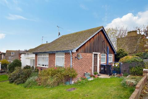 2 bedroom bungalow for sale - Central Road, Ramsgate