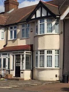 5 bedroom terraced house to rent - Chadwell Heath Lane, Essex, RM6