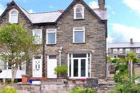 3 bedroom semi-detached house for sale - 3 Bed Semi-detached House for Sale in Blaenau Ffestiniog