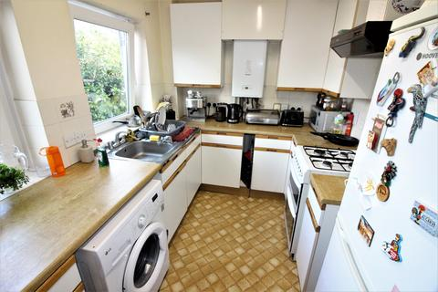2 bedroom flat to rent - Southbourne Road, Southbourne BH6