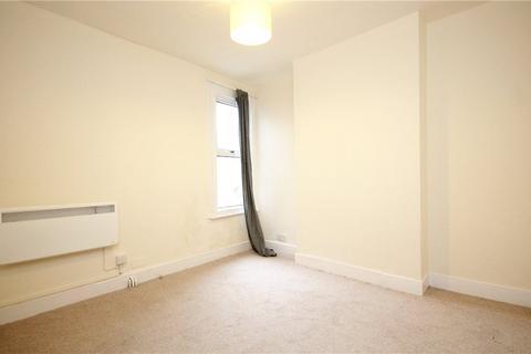 Studio to rent - South Ealing Road, London, W5