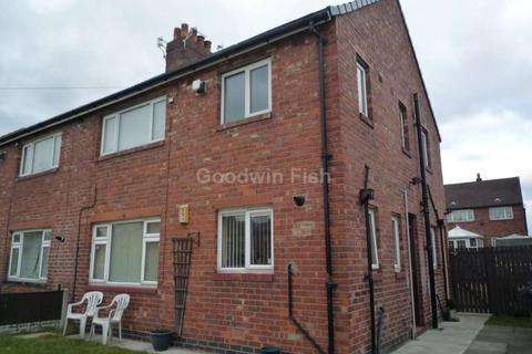 1 bedroom apartment to rent - Chaucer Grove, Leigh