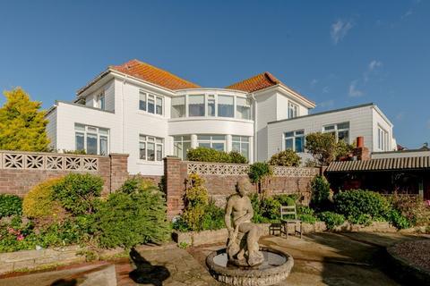 4 bedroom detached house for sale - Lynwood Road, Saltdean, East Sussex, BN2