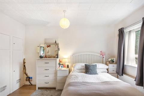 Maisonette for sale - Alfred Butt House, Holdernesse Road, London, SW17