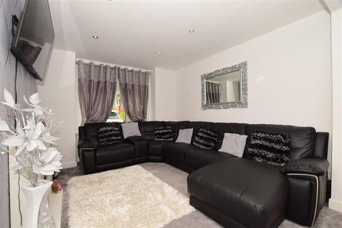 3 bedroom terraced house for sale - Plains Avenue, Maidstone, Kent