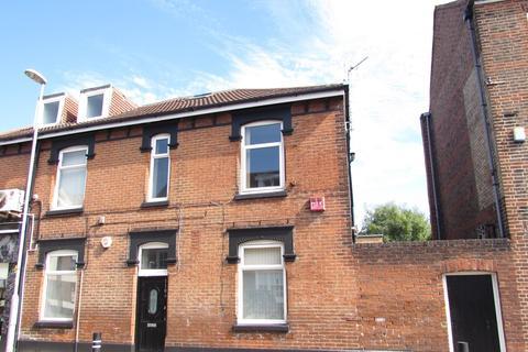 7 bedroom flat to rent - Albert Road, Southsea, PO4