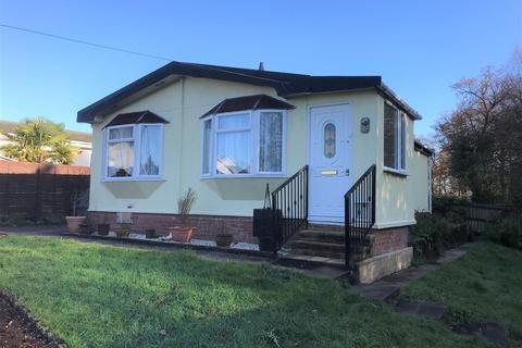 3 bedroom park home for sale - Wyatts Covert, Denham