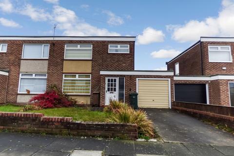 3 bedroom semi-detached house for sale - Prestwick Avenue, North Shields, Tyne and Wear, NE29 8AJ