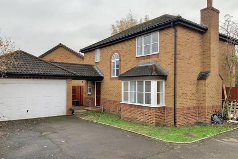 4 bedroom detached house for sale - Blanchard Grove, Enfield, EN3