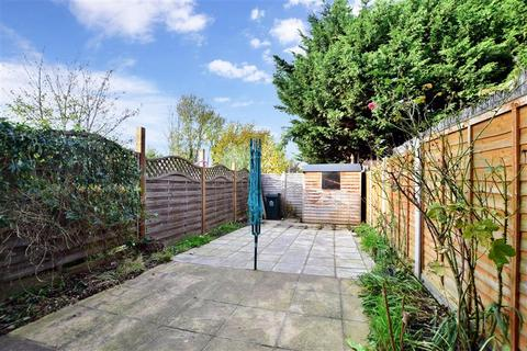 2 bedroom terraced house for sale - Chatsworth Road, Dartford, Kent