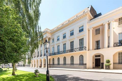 2 bedroom flat to rent - Clarence Terrace, Regent's Park, London