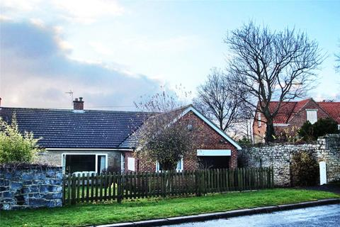 3 bedroom semi-detached bungalow for sale - High Street, Bishopton