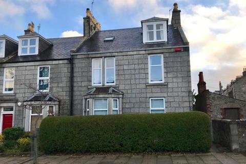 4 bedroom apartment to rent - Cairnfield Place, Aberdeen, AB15