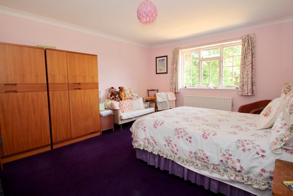 1 of 5 DOUBLE BEDROOMS