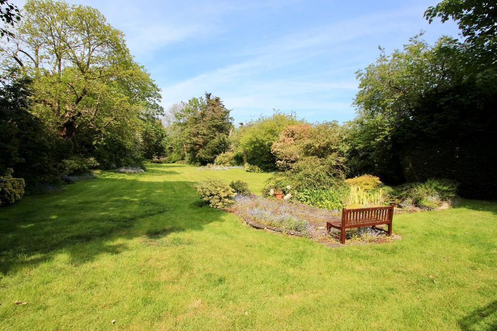 Very private gardens