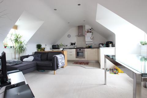 2 bedroom flat to rent - Parkwood, Beaconsfield Road, N20