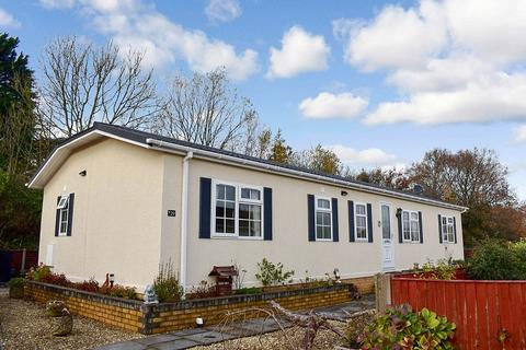 2 bedroom detached bungalow for sale - Herenston Park Heronston Lane, Bridgend, Bridgend County. CF31 3BZ
