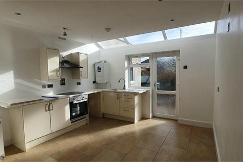 2 bedroom flat to rent - Lambrook Road, Bristol